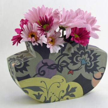 Sage Petal-Top Pouch Vase